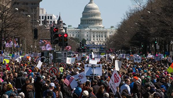 Акция с требованием контроля за оборотом огнестрельного оружия в Вашингтоне