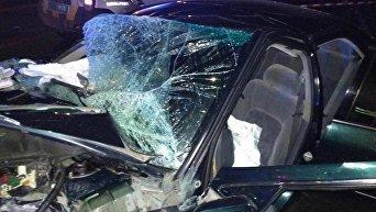 ДТП на улице Балковской в Одессе, где 21-летний водитель Toyota Camry сбил двоих людей