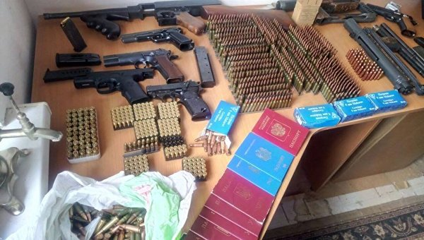 Задержание группы, оформлявшей паспорта для ДНР и ЛНР