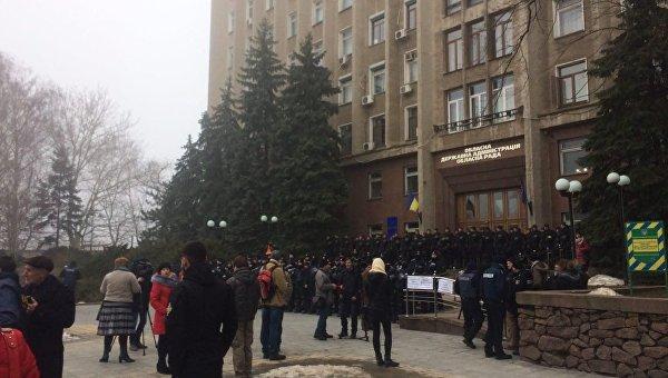 Ситуация возле николаевской ОГА