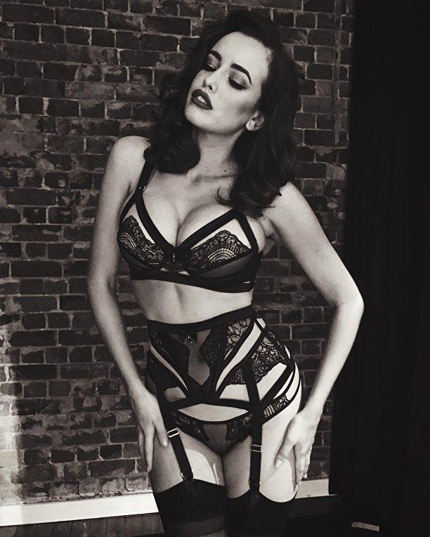 Американская модель Сара Стефенс