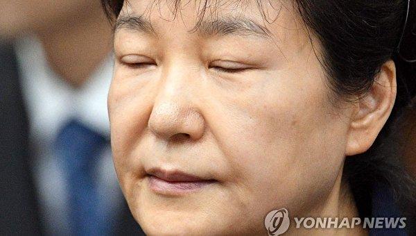 Прежнего президента Южной Кореи приговорили к24 годам тюрьмы