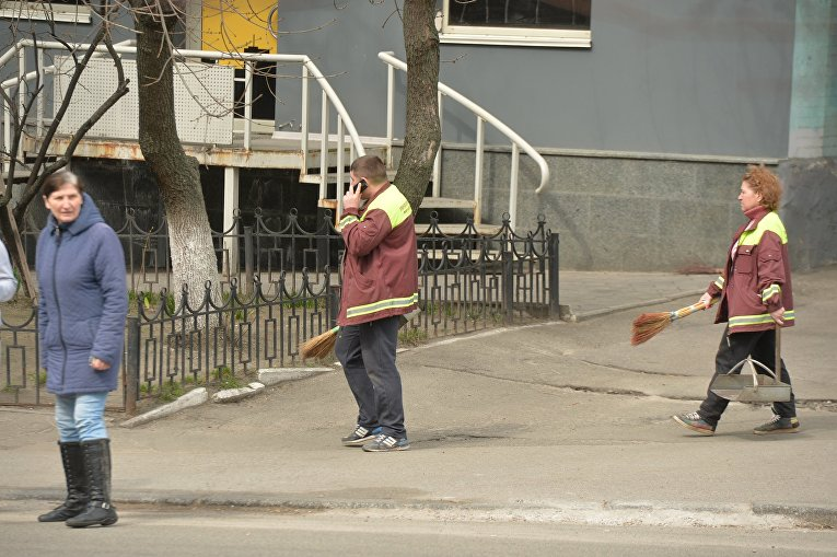 Уборка Киева перед Пасхой