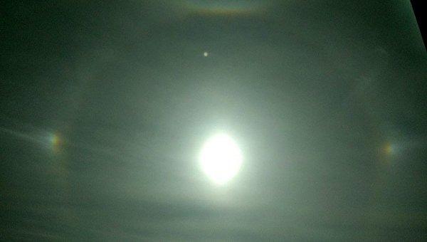 В Харькове зафиксировано редкое оптическое явление - гало: радуга вокруг Солнца