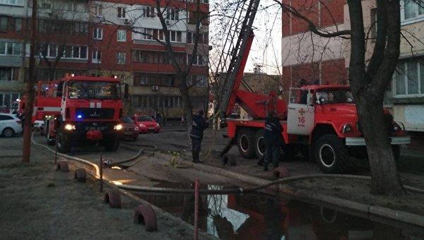 В Киеве в одном из многоквартирных домов горел 9-й этаж