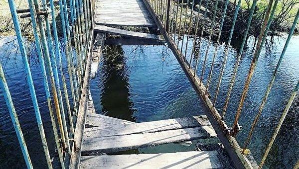 Мост упал через Западный Буг во Львовской области