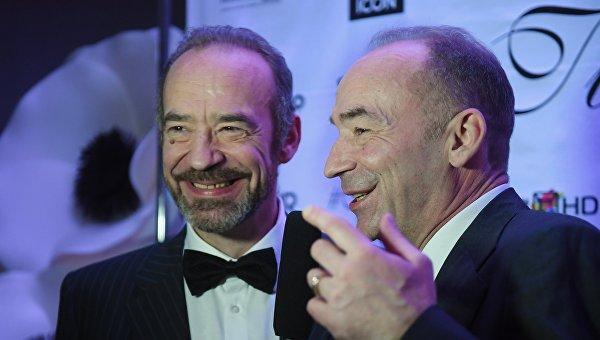 Актёры Владимир (справа) и Юрий Торсуевы
