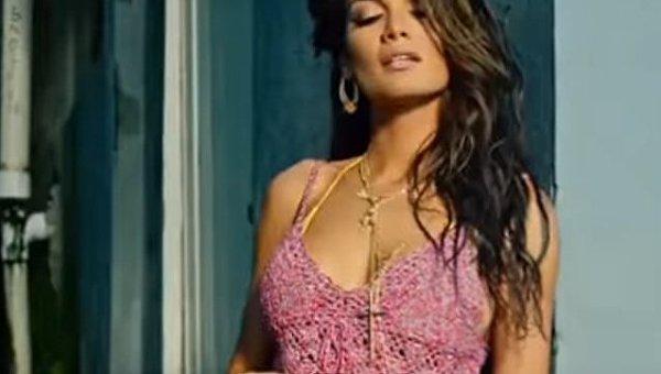 Кадр из клипа Despacito