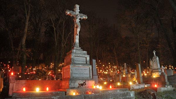 День памяти умерших во Львове