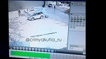 В России джип трижды переехал пенсионерку