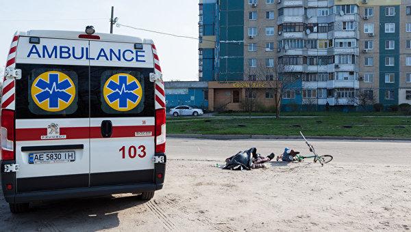 В Днепре велосипедист скончался на спортплощадке