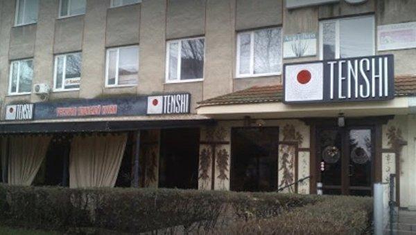 В Ужгороде ресторан японской кухни забросали коктейлями Молотова