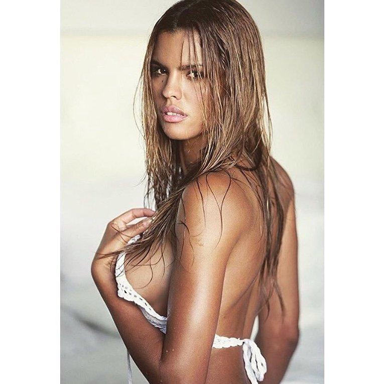 Бразильская модель Охана Таварес