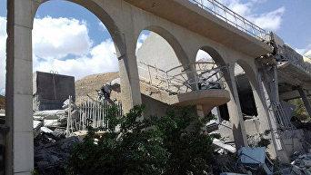 Опубликованы фотографии последствий ракетного удара по Сирии