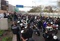 Во Франции мотоциклисты и автомобилисты протестуют против снижения максимально допустимой скорости до 80 км/ч