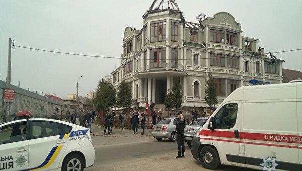 В Киеве штурмовали общежитие переселенцев