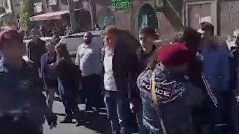 В Ереване произошли столкновения между полицией и митингующими