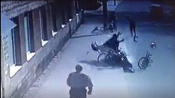 Мотоциклист сбил группу велосипедистов во Львове