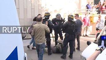 Беспорядки  столкновения в Париже. Видео