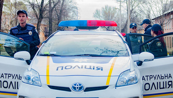 Правоохранители задержали мужчин, которые в течение ночи нападали на жителей Днепра