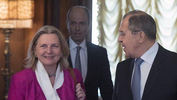 Встреча глав МИД РФ и Австрии С. Лаврова и К. Кнайсль