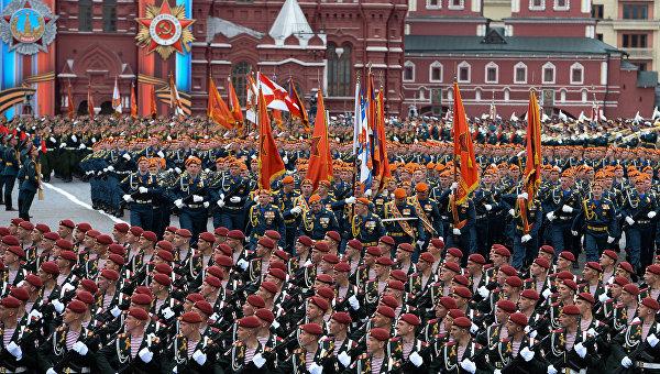 Военный парад, посвящённый 72-й годовщине Победы в ВОВ. Архивное фото