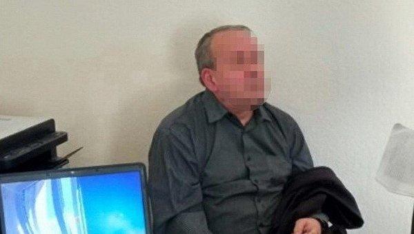 Задержание сотрудника одного из стратегических предприятий Минобороны, который, по данным СБУ, был завербован российскими спецслужбами