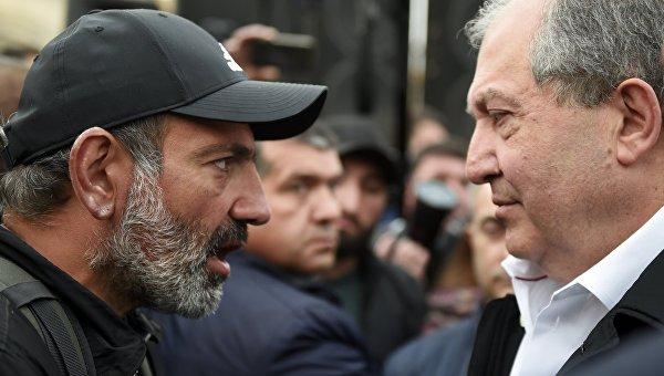 Президент Армении А. Саркисян встретился с лидером протестного движения Н. Пашиняном