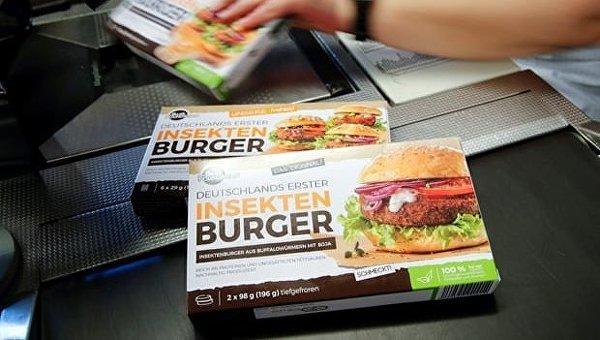 Сеть супермаркетов в Германии запустила в продажу бургеры с червями