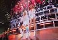 Появились кадры падения Бейонсе с сестрой на сцене. Видео