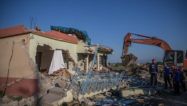 В Турции произошло землетрясение, десятки пострадавших