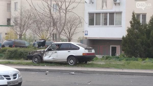 Ребенок на асфальтоукладчике врезался в авто в Одесской области