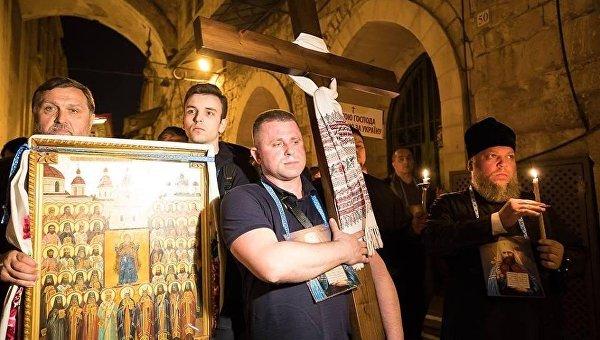 Прихожане захваченных храмов УПЦ побывали на Святой Земле