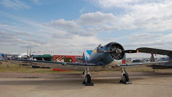 Самолет T-6 Texan. Архивное фото
