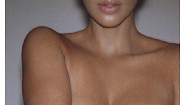 Интимные снимки Кардашьян повергли интернет в шок