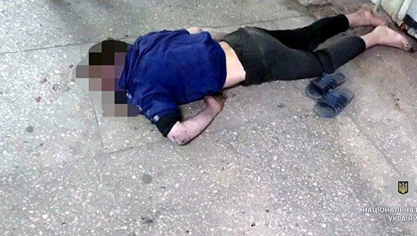 Молодой парень скончался в метро Харькова