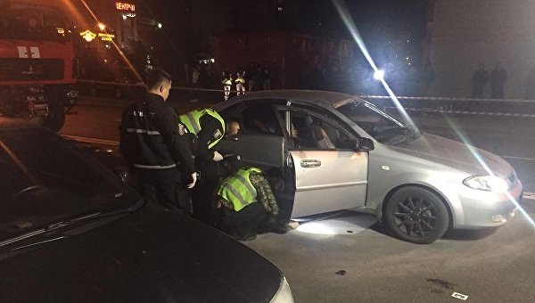 ВКиеве взорвался автомобиль, есть погибший ираненый