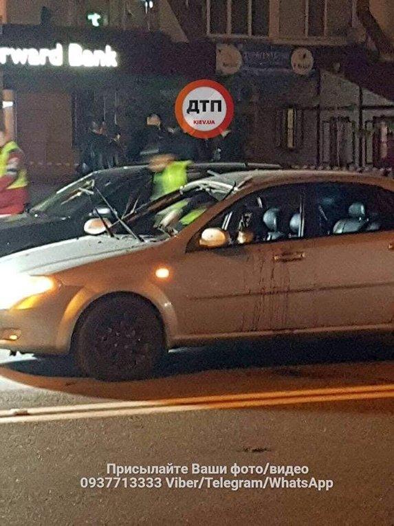 В автомобиле в Киеве взорвалась граната