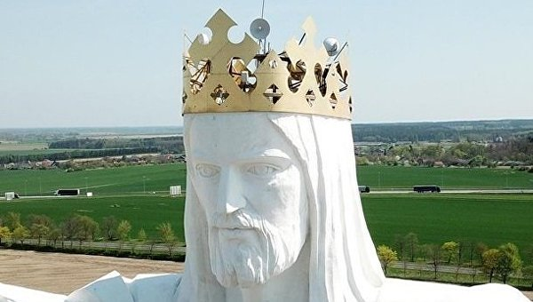 В польском городе Свебодзине с крупнейшей в мире статуи Иисуса Христа уберут антенны для раздачи интернет-сигнала,