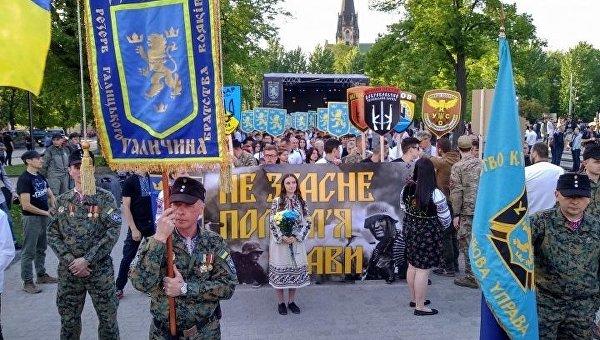 Во Львове националисты провели марш величия и духа