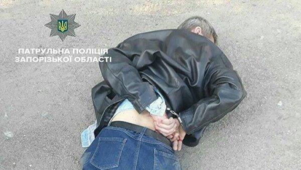 В Запорожье задержан мужчина по подозрению в убийстве 12-летней девочки и ее матери