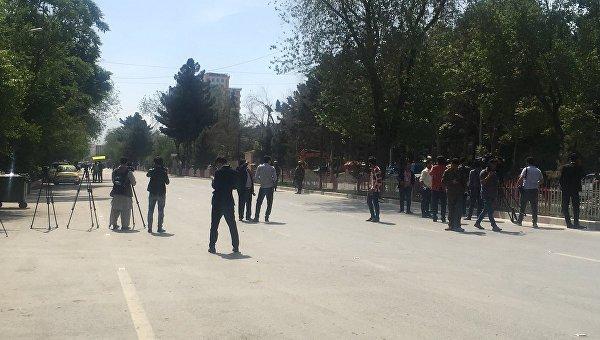 На месте взрыва в Кабуле, 30 апреля 2018