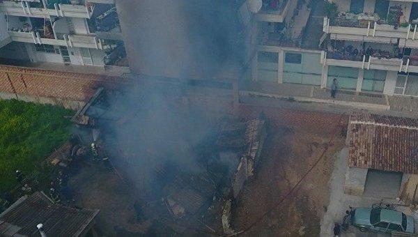 В Греции сгорел крупнейший в Европе аккумуляторный завод