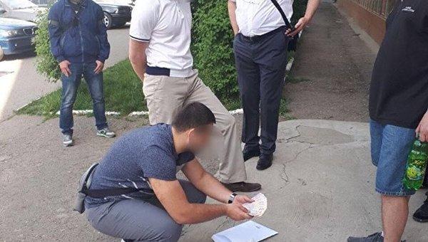 Спецоперация по задержанию чиновников Хлеб Украины