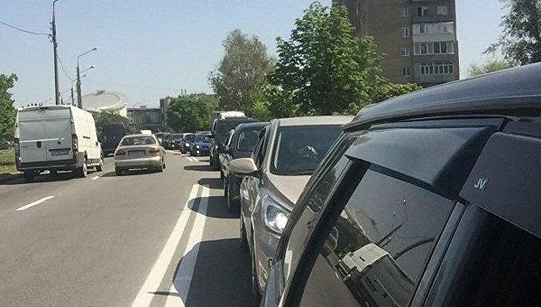 Более 100 водителей приехали проститься с погибшим автоблогером под Харьковом