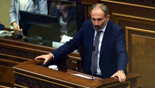 Единственный кандидат в премьер-министры Армении - глава фракции Елк, руководитель оппозиционного движения Никол Пашинян