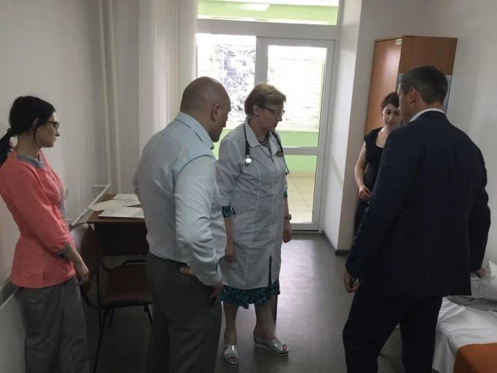 В областной детской больнице организован штаб по ликвидации ситуации с отравлением детей в школе