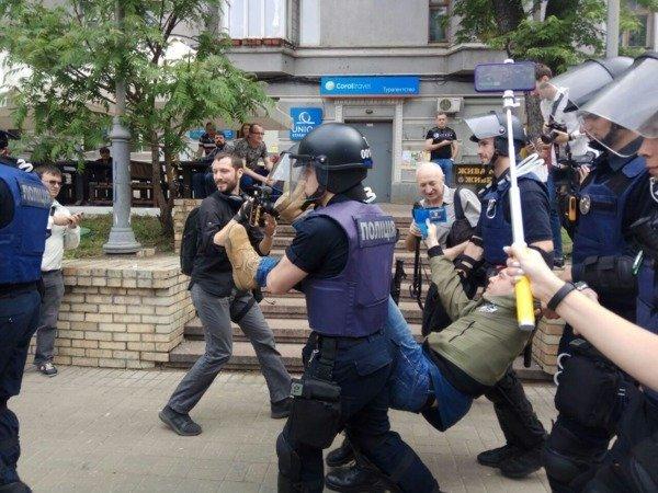 Задержанные на акции  Бессмертный полк в Киеве