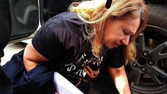В Киеве полиция задержала Елену Бережную - мать погибшей Ирины Бережной, бывшего народного депутата от Партии регионов