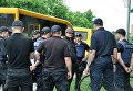 День Победы в Полтаве: у мужчины изъяли буденовку с серпом и молотом